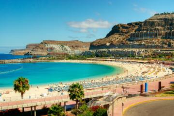 Strand in der Bucht von Amadores