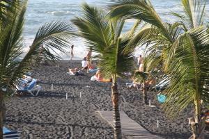 Vulkanstrand in Puerto de la Cruz auf Teneriffa